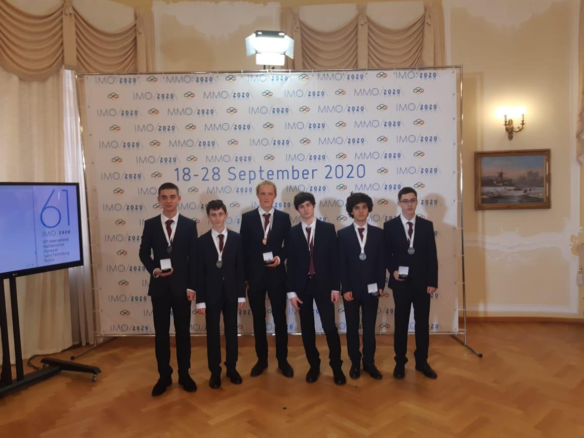 Президент России поздравил российских школьников с успехом на международной олимпиаде по математике